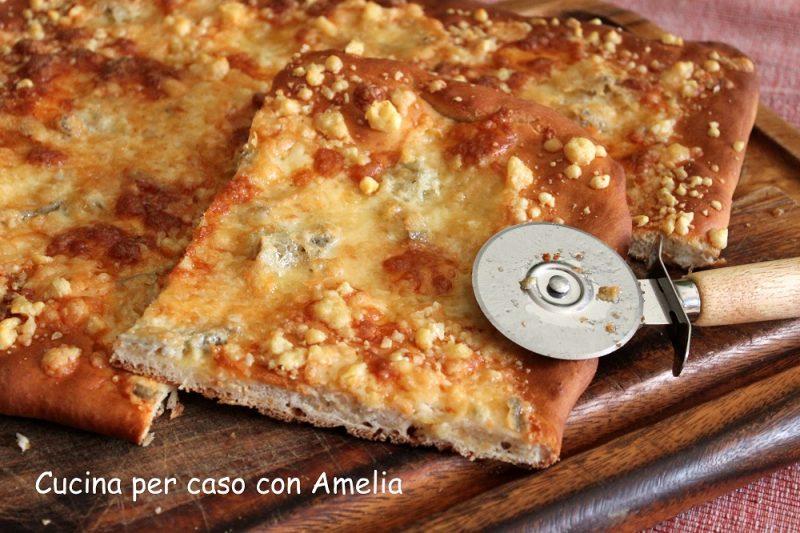 Pizza ai formaggi bimby