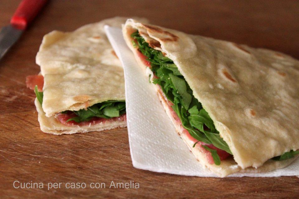 Piadina con esubero, ricetta - Cucina per caso con Amelia
