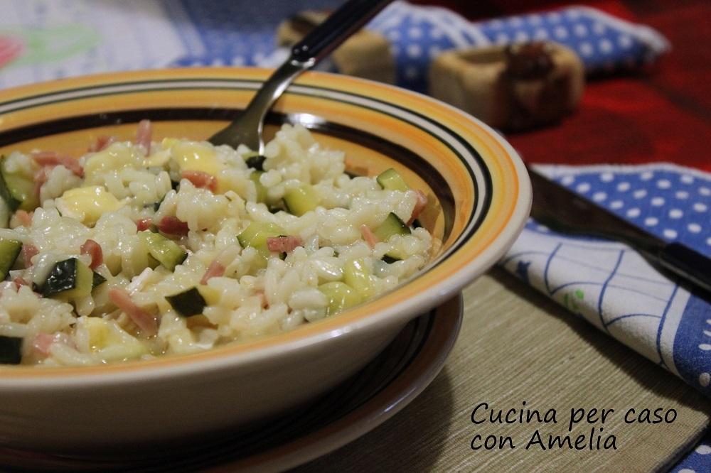 Riso con zucchine e speck cremoso/ Cucinaconamelia per caso con Amelia