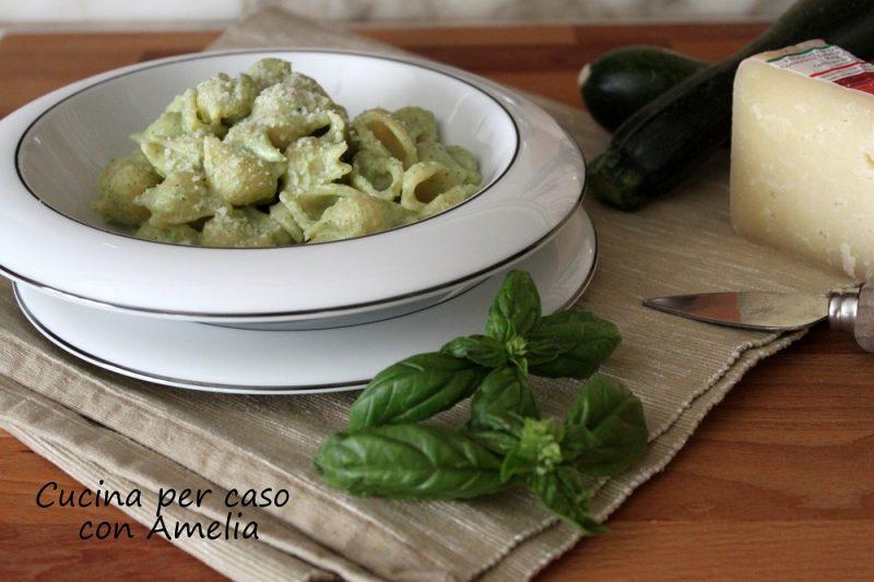 Pasta zucchine e ricotta, ricetta light
