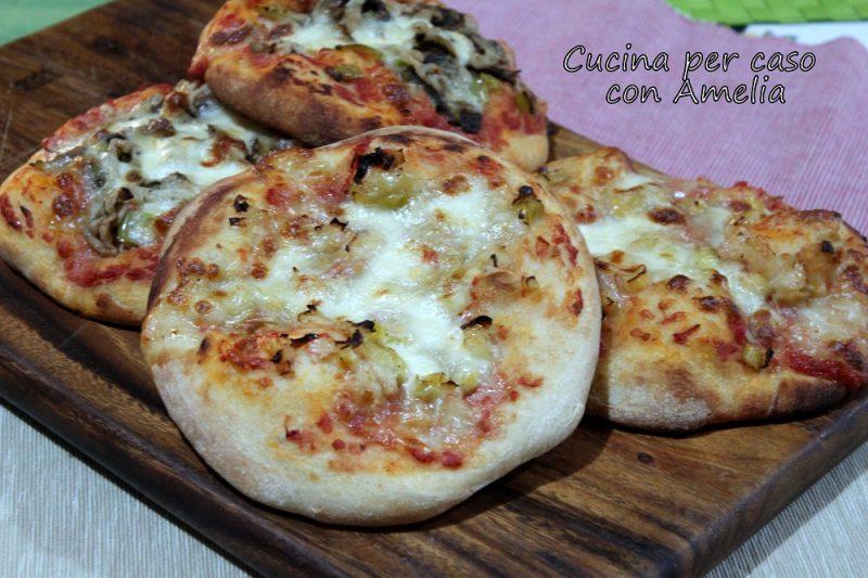 Pizzette porro e mozzarella