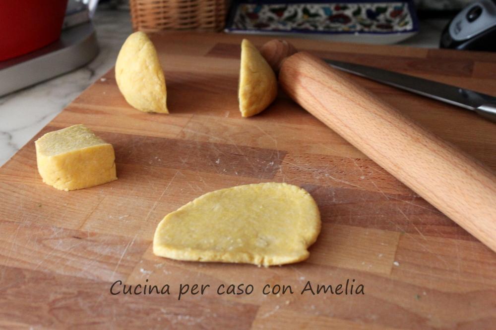 Tagliatelle con farina tipo 2 al ragù di carne/Cucina per caso con Amelia
