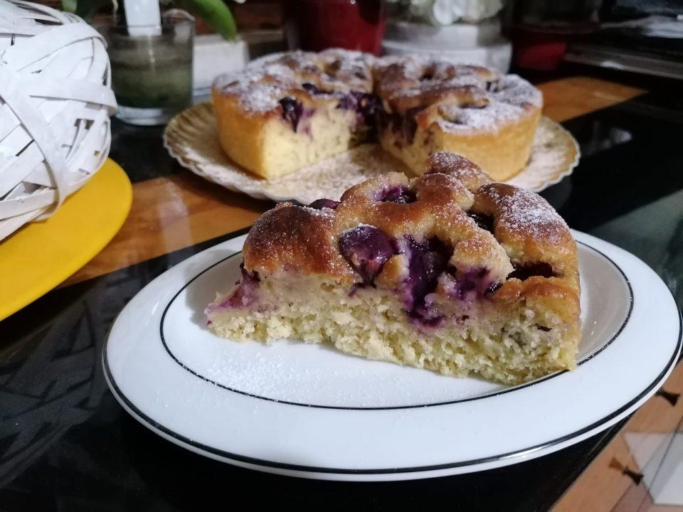 Focaccia dolce con uva fragola, ricetta/Cucina per caso con Amelia