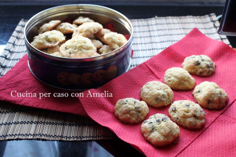 Biscotti ricotta, cioccolato e arancia