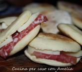 Tigelle senza strutto, ricetta finger food | Cucina per caso con Amelia