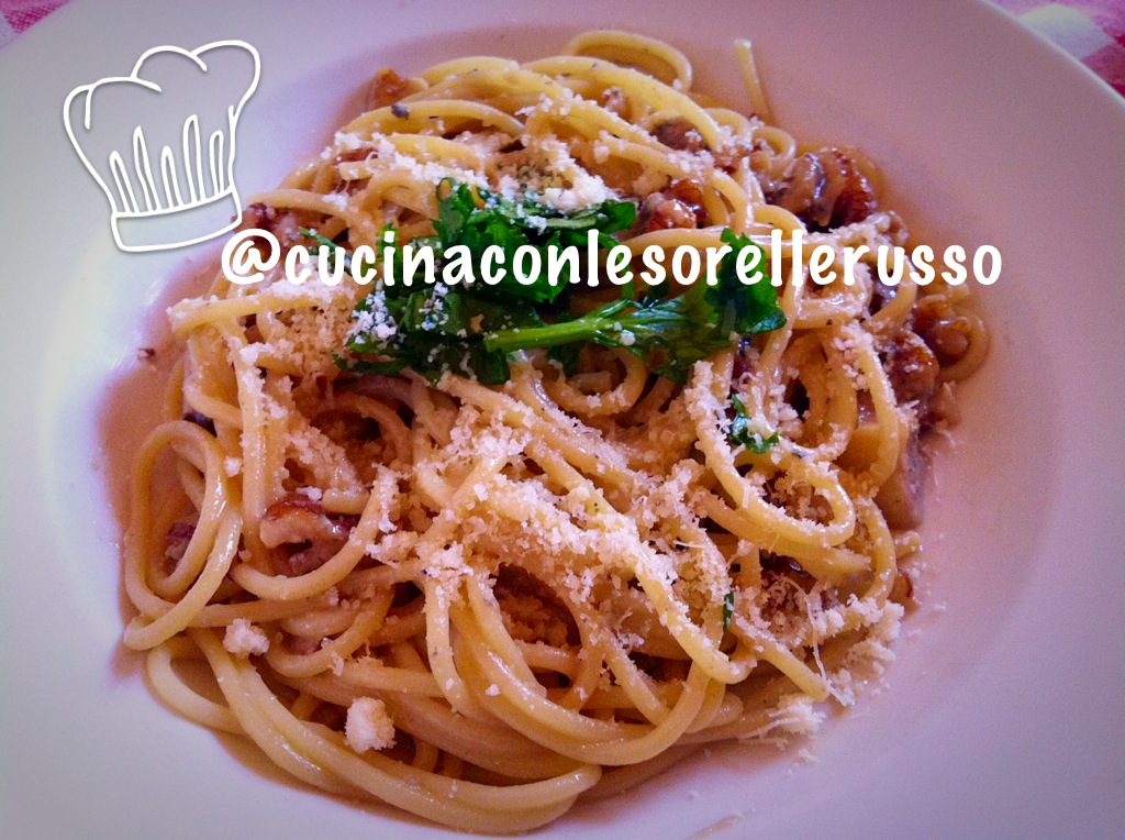 spaghetti-con-noci-e-gorgonzola