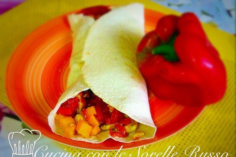 Burritos con pollo al curry e peperoni