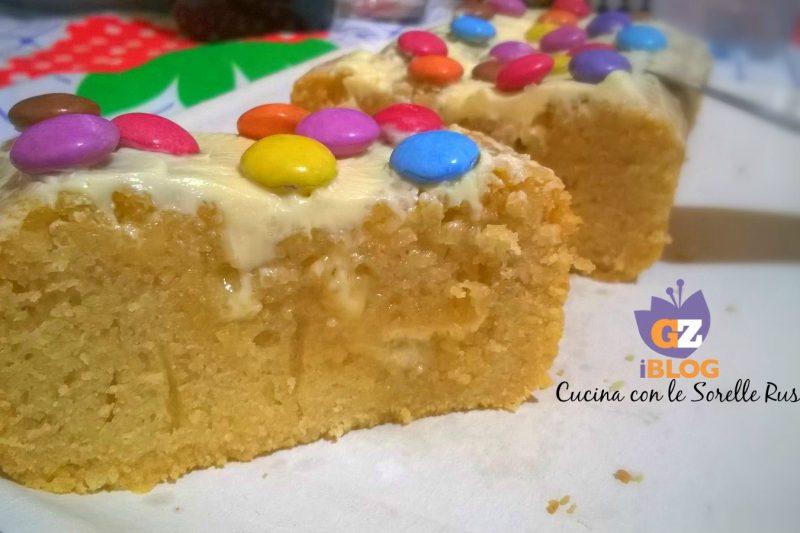 Plumcake al cioccolato bianco e smarties