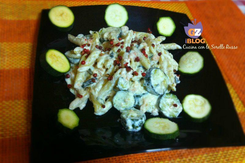 Pennette salmone e zucchine