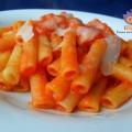 Rigatoni al ragù dietetico di peperoni