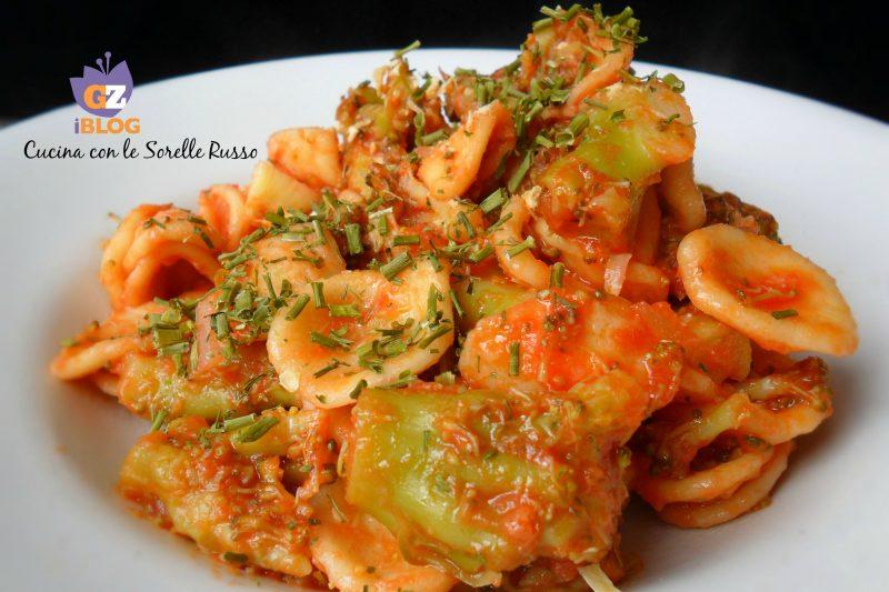 Orecchiette broccoli e pomodoro