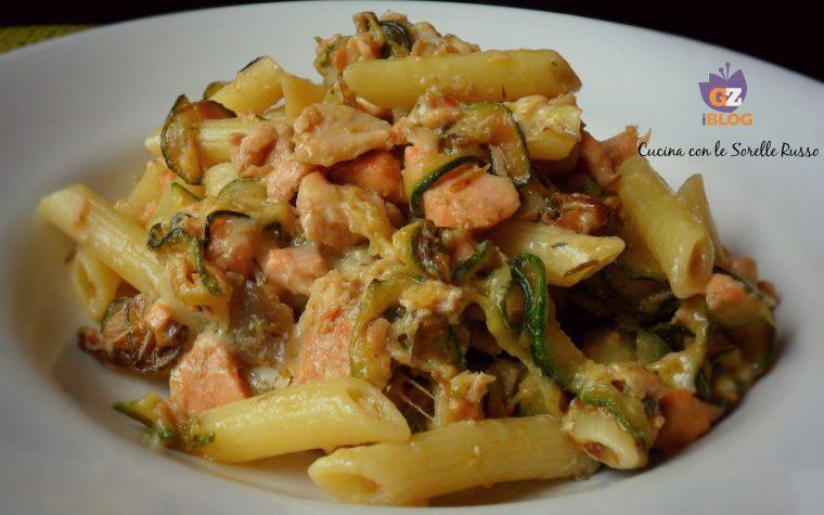 Pennette salmone e zucchine tradizionali