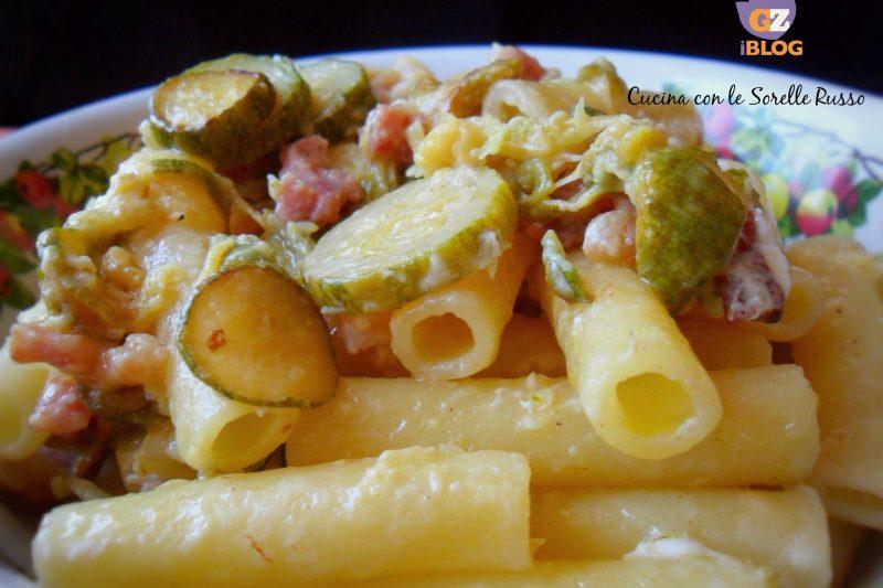 Ziti con zucchine e pancetta