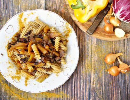 Fusilli alle verdure spadellate e curry
