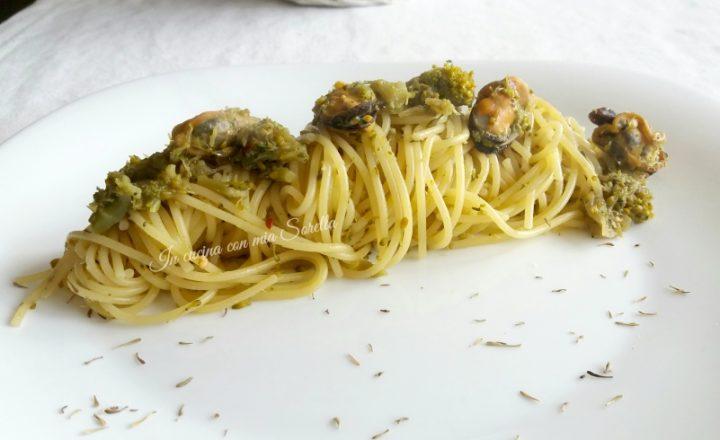 Spaghetti con broccoli cozze e colatura di alici di Cetara