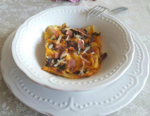 Lasagne alla zucca con coriandoli di radicchio e prosciutto – Ricetta pasta al forno di carnevale