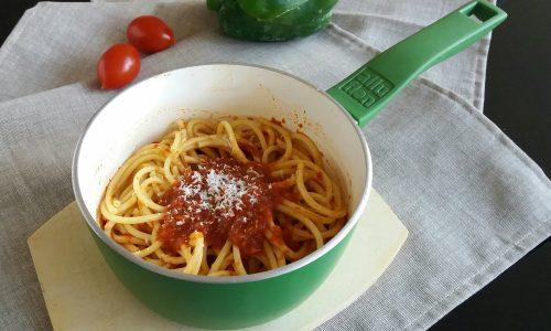 Salsa Piccante al pomodoro e peperone – Ricetta Conserva Invernale
