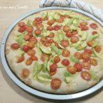 Pizza zucchine e pomodorini