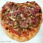 Pizza a cuore gustosa