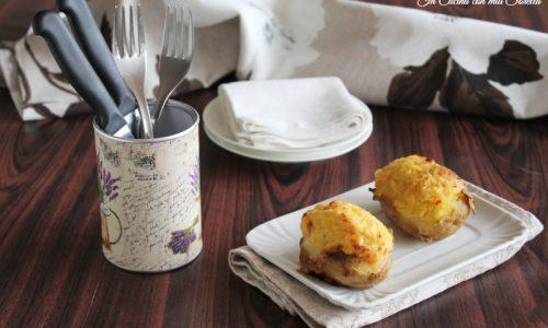 Patate ripiene di prosciutto e formaggio