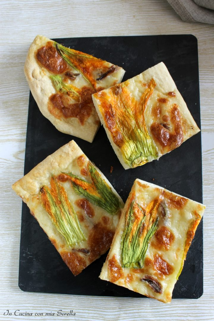 Pizza alici e fiori di zucca
