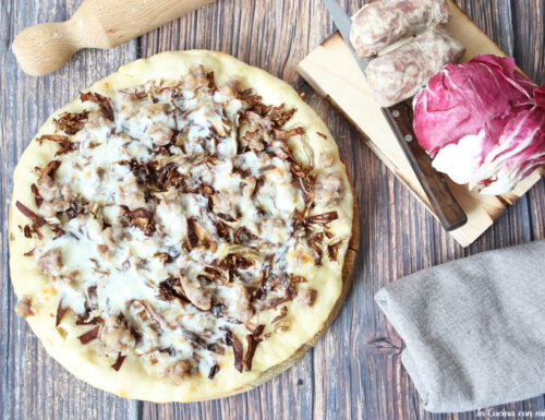 Pizza radicchio e salsiccia