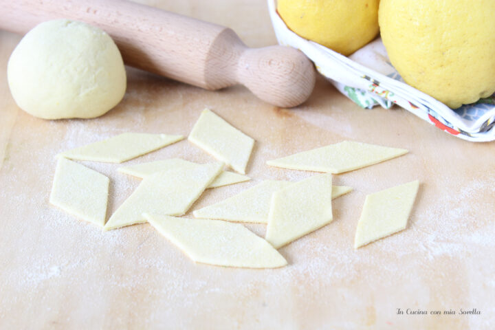 Pasta fresca al limone senza uova
