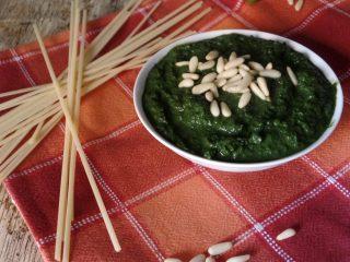 Pesto di basilico fatto in casa da congelare ed usare for Basilico in casa