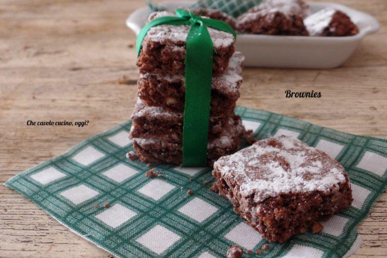 Brownies – biscottini al cioccolato e mandorle. Ricetta facile