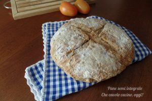 Pane semi integrale con farine miscelate