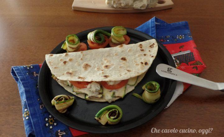 Piadina al gorgonzola e zucchine
