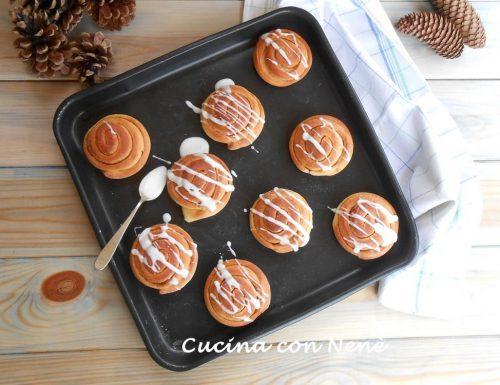 Cinnamon rolls (Dolcetti profumati alla cannella)