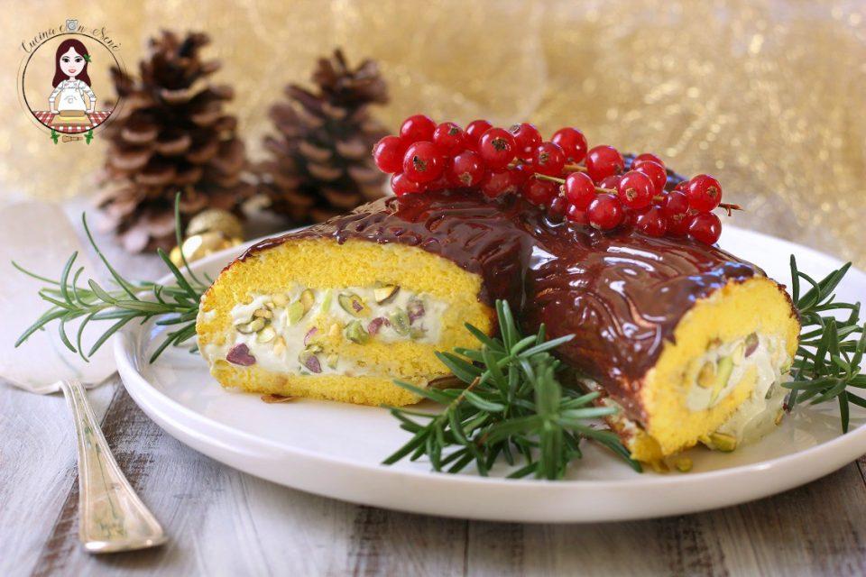 Tronchetto di Natale al pistacchio e cioccolato
