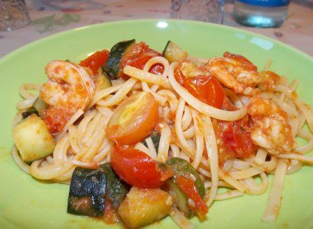Pasta con mazzancolle, pomodorini e zucchine