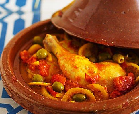 tajine pollo patate zafferano piatto tradizionale marocchino