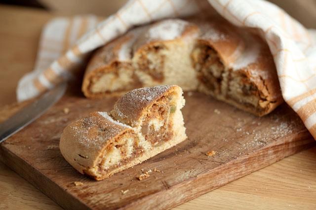 Gubana friulana dolce tradizionale tipico Valli Natisone