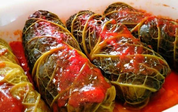 Involtini verza con purea salsiccia zucca patate sapori del passato