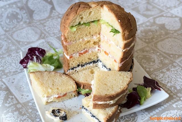 Panettone gastronomico salato antipasto pranzo di Natale