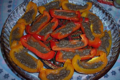 Antipasto natalizio Peperoni bagna cauda con variante