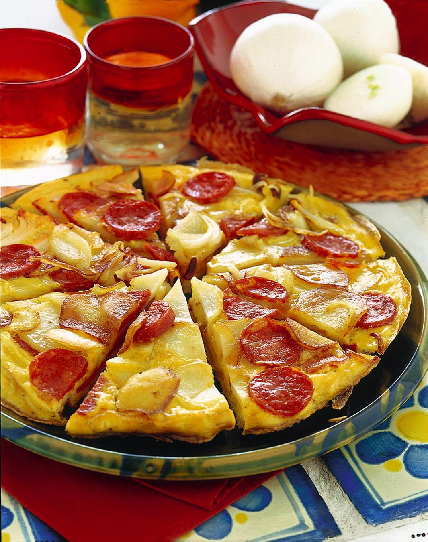Torta salata patate salame piccante con alternativa melanzane