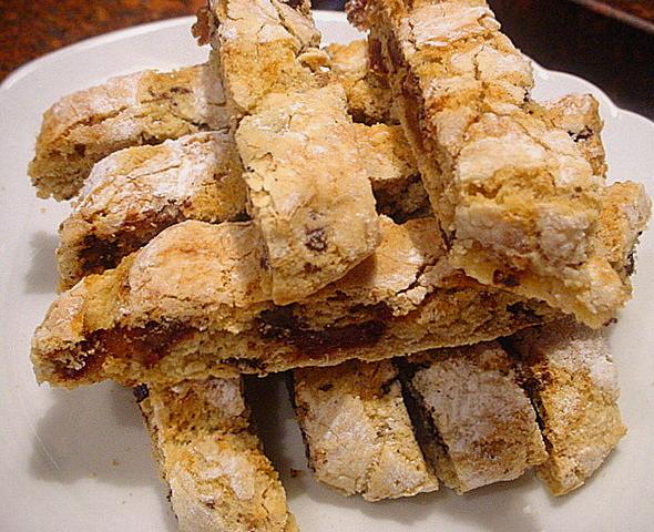 Biscotti secchi cantucci raffinati ai datteri cannella for Ricette italiane dolci
