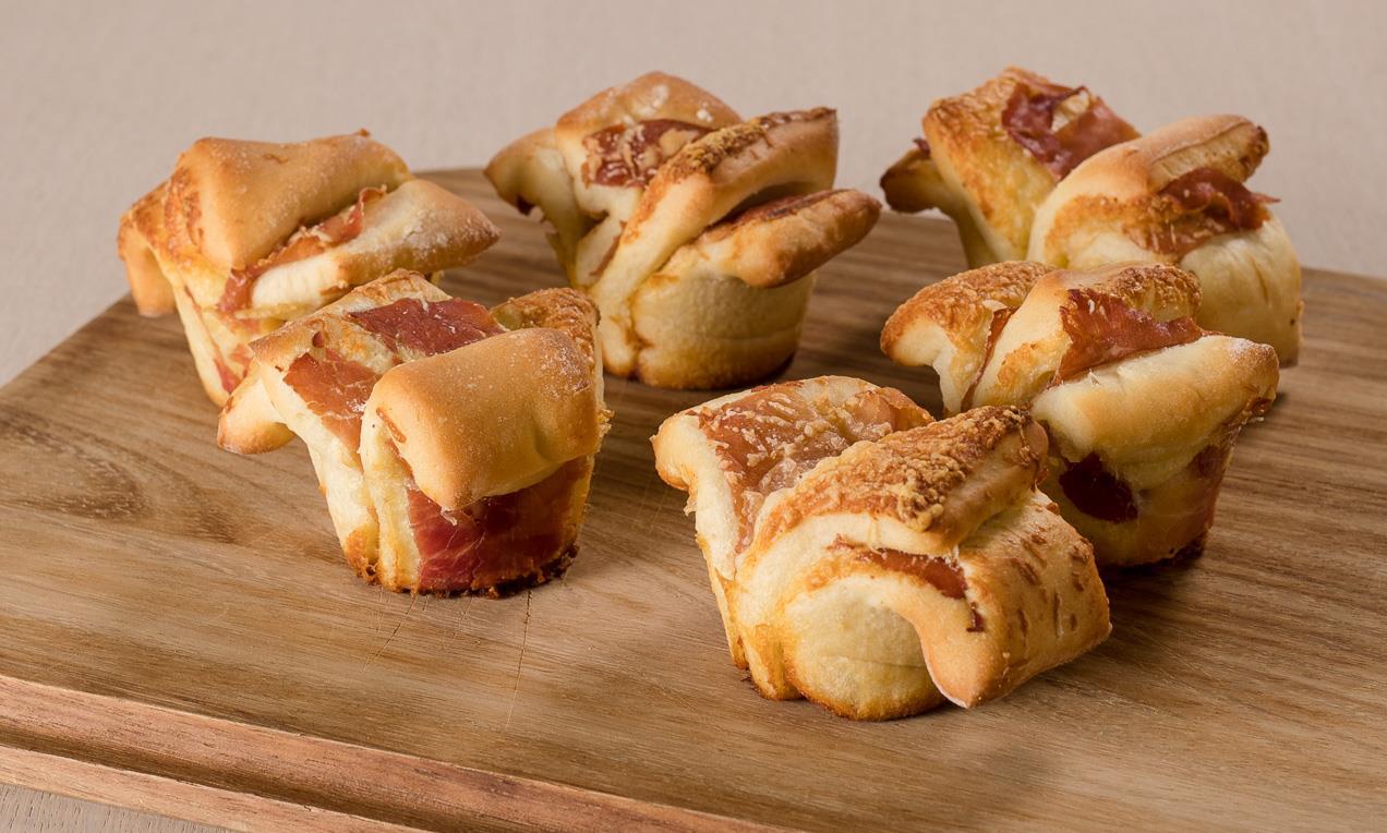 Stuzzichini golosi mini pull apart per antipasti aperitivi for Aperitivo ricette
