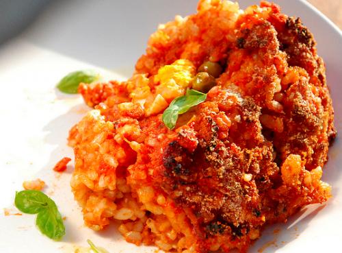 Carnevale in Calabria pasticcio di riso gratinato al forno