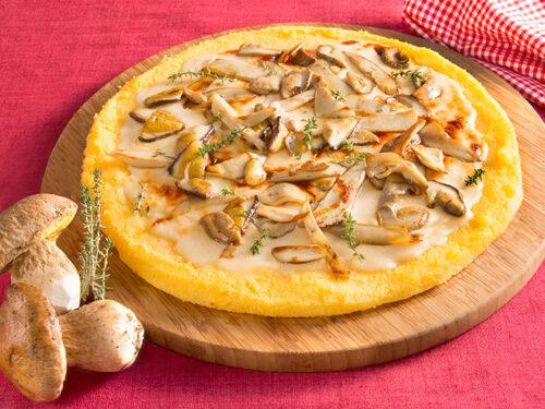 Primi piatti Economici Torta di Polenta ai Funghi con Parmigiano