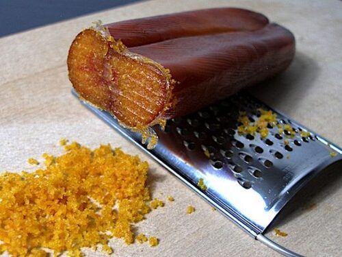 Un veloce antipasto di bottarga e peperoni