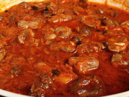 Cucina povera calabrese Spezzatino piccante di frattaglie di vitello