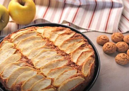 Torta antica di mele e amaretti: La video ricetta