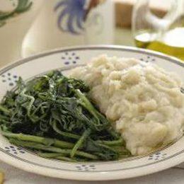 La Puglia in tavola con le fave bianche e cicoria