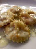 Ravioli di zucca con sugo al gorgonzola