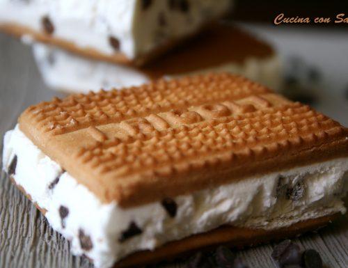 Biscotto gelato o gelato biscotto